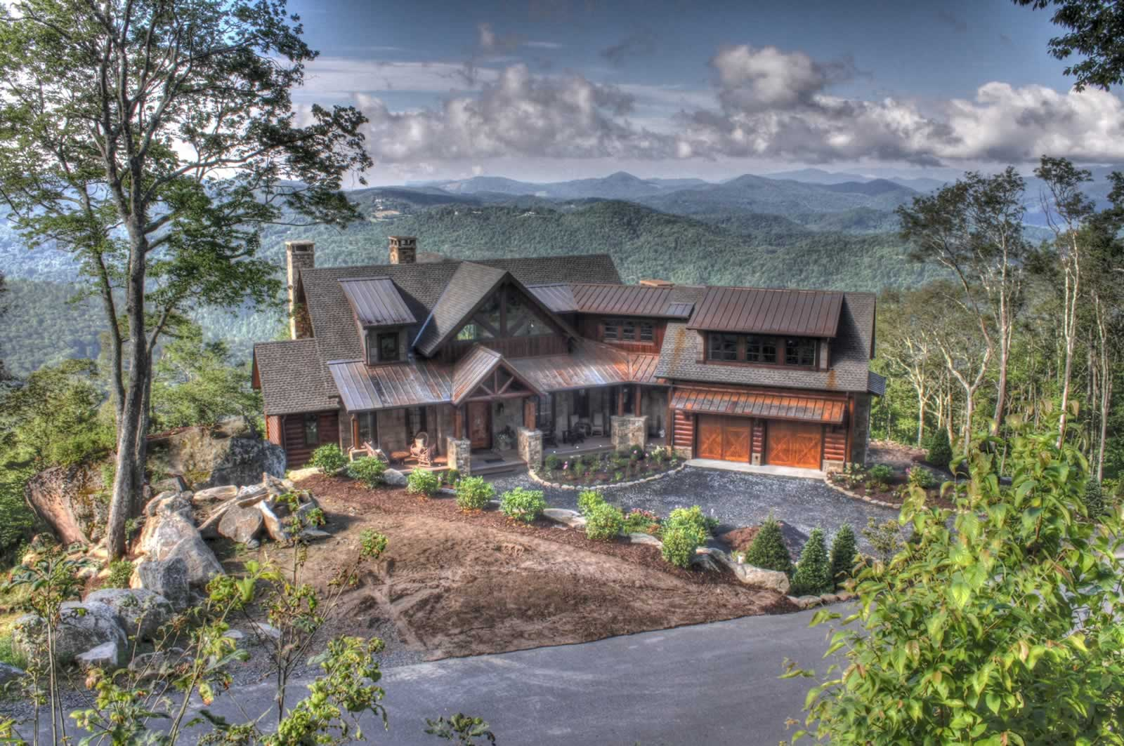 Hutcheson Mountain Home